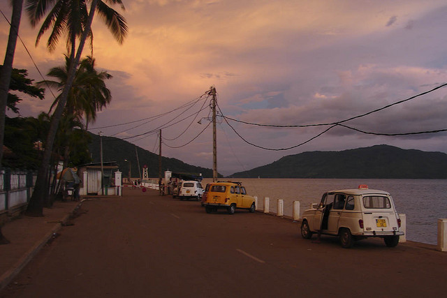 Hellville_Nosy_Be_Madagascar_at_dusk